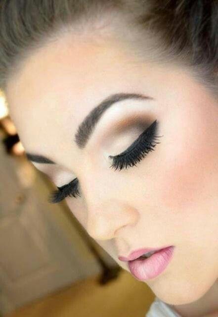 Application Of Makeup Foundation