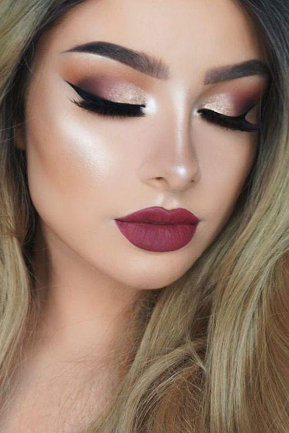 Applying Eyebrow Makeup