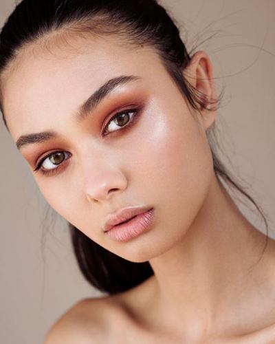 This Season Make The Runway Makeup Wearable | Runway ...