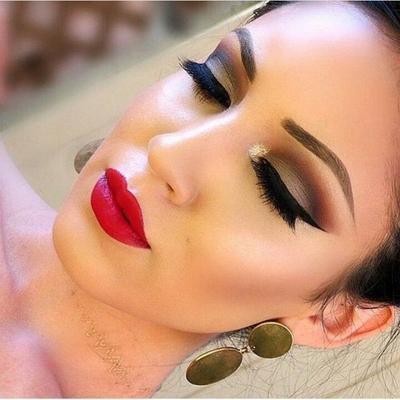 Makeup Tricks Easy
