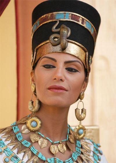Egyptian Cat Eye Makeup
