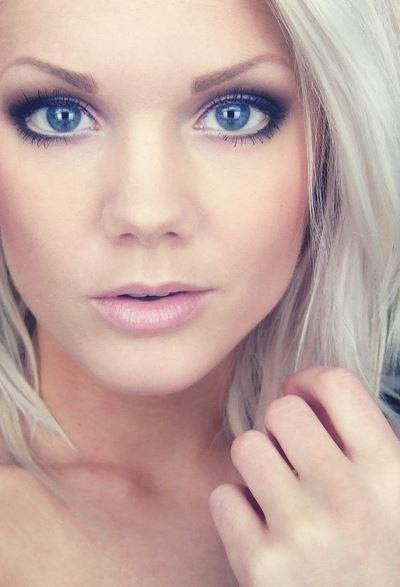 formal eye makeup for blue eyes
